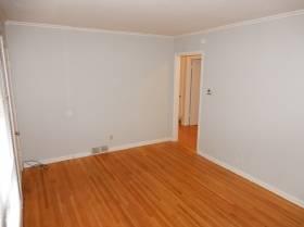 1647 Duke St - for rent 38108