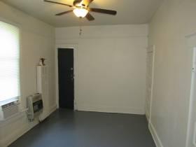 2053 Linden Ave #3
