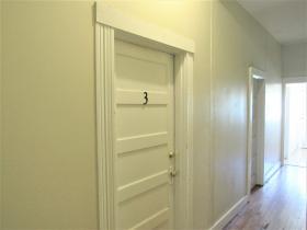 2092 Linden Ave #3