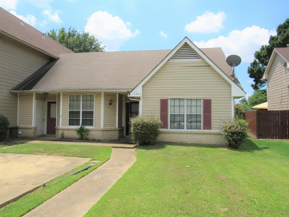 2961 Pondside Dr Memphis TN 38119