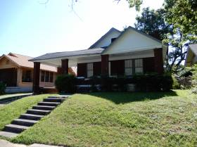 836 Maury St. - for rent 38107