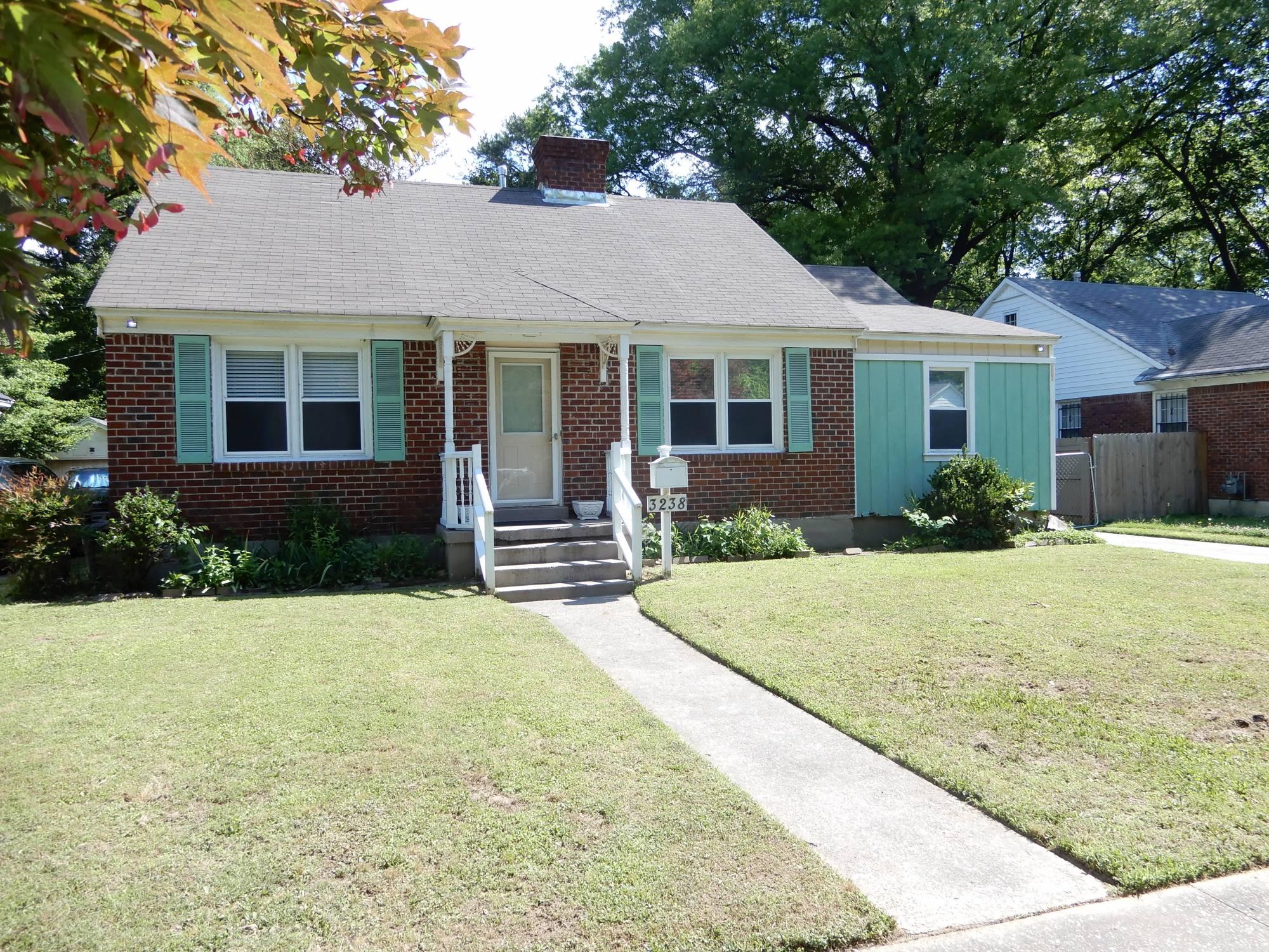 3238 Highland Park Pl, Memphis TN 38111